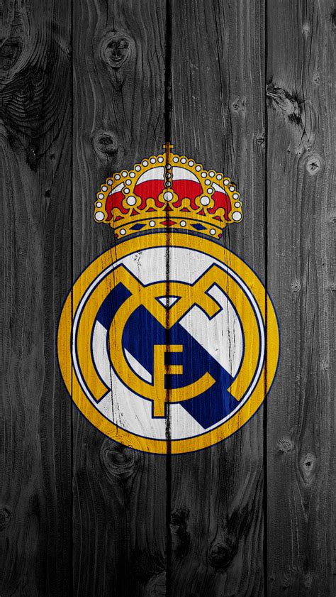real madrid themes for iphone 4 real madrid logo iphone 5 wallpaper 640x1136