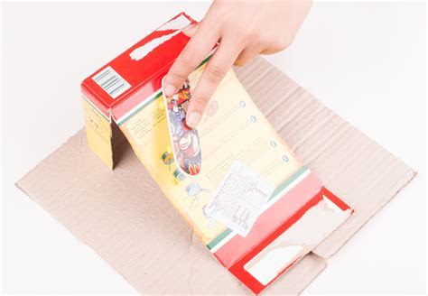 How To Make A Paper Fingerboard - how to make a fingerboard r out of a cardboard cereal box