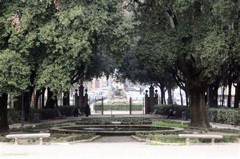 perugia giardini frontone file giardini frontone perugia jpg