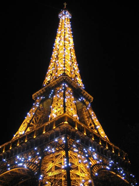 light up eiffel tower sometimes even paris isn t romantic vagabond3 world