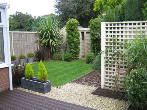 Backyard Designs For by Modern Garden Designs For Small Gardens 21 Architecture