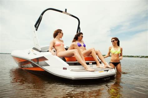 scarab boats puerto rico wellcraft scarab wellcraft impulse 16 jet boat new