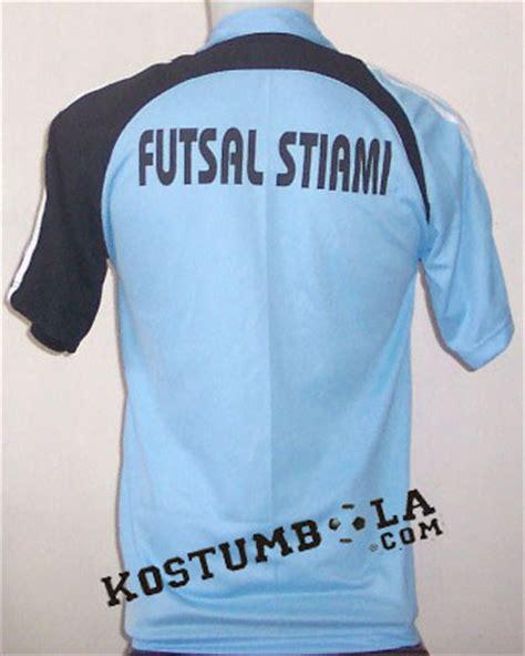 Baju Bola Warna Biru desain baju futsal warna biru kaos