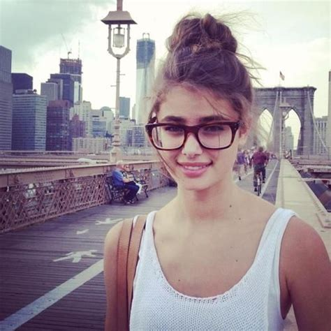 school hairstyles with glasses 1241 best images about who wear glasses on