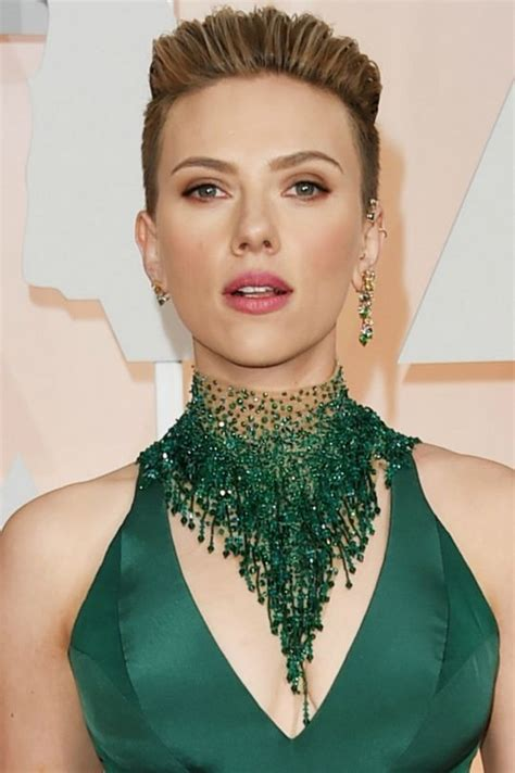 scarlett johansson ocscar hairdo oscars 2015 beauty who had the best hair and makeup of