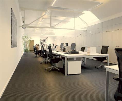 linoleum flooring in dubai parquetflooring ae