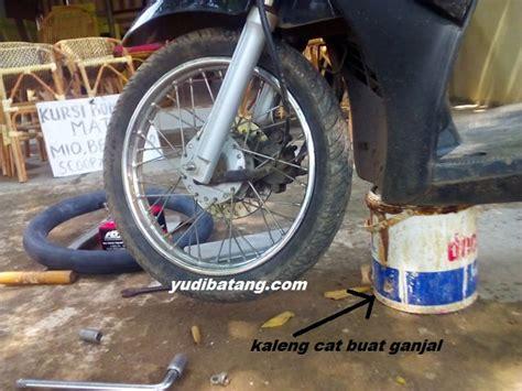 Ban Dalam Sepeda Ukuran 12 cara mengganti sendiri ban dalam sepeda motor dengan alat