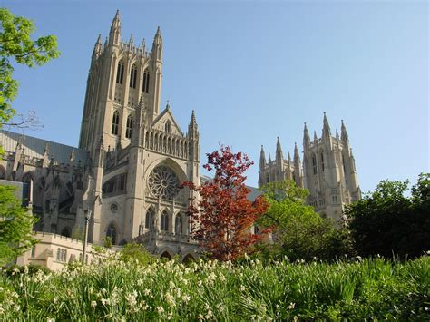 national cathedral gardens
