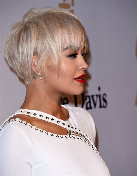 rita oras new short haircut from the 2015 grammy awards lipstick rita ora pre grammy 2015 gala and salute to industry