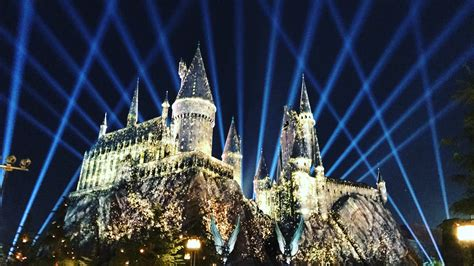 nighttime lights at hogwarts nighttime lights will dazzle at wizarding of harry