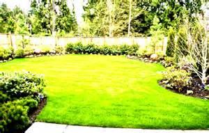 Backyard Easy Landscaping Ideas Simple Backyard Vegetable Garden Ideas Landscaping Homelk