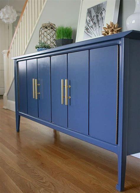 decorar con muebles recuperados decorar un sal 243 n li 225 ndolo con una cortina consejos