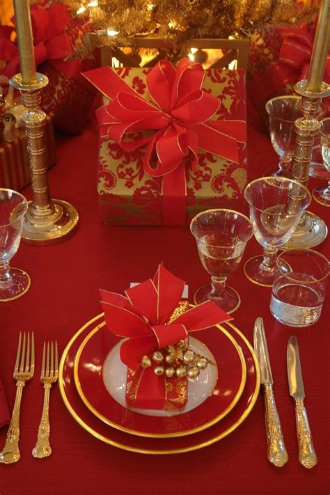 elegant christmas table setting with pink and gold pin by velta thomas on tablescapes party ideas pinterest
