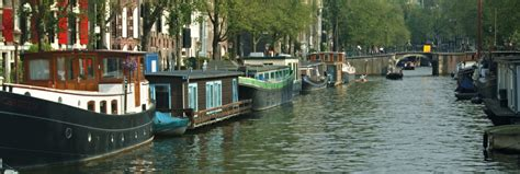 houseboats in amsterdam rent a houseboat in amsterdam here s 9 usefull tips