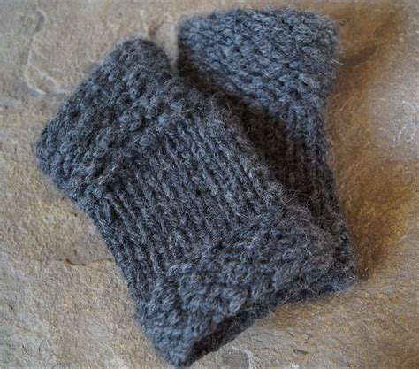 free fingerless gloves knitting pattern uk josh s mittens free knitting pattern shortrounds