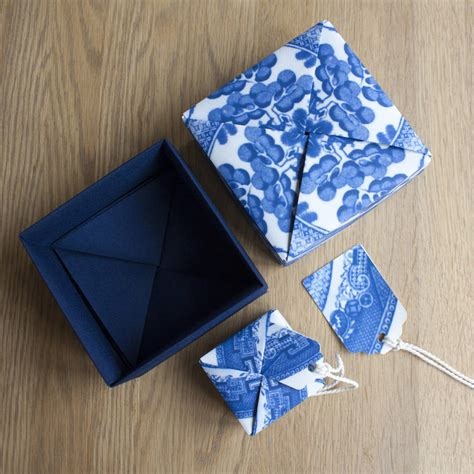 willow pattern origami box by identity papers