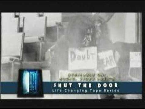 Shut The Door Commercial Youtube Orbit Commercial Shut The Front Door