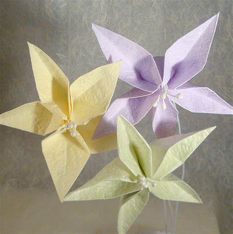 Origami flower bouquets and origami flower garlands