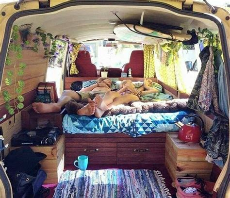 this family lives life in a van business insider 17 meilleures id 233 es 224 propos de vito am 233 nag 233 sur pinterest