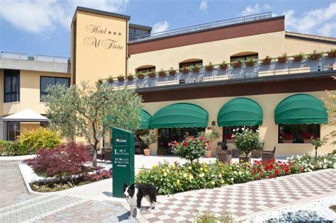 hotel fiore peschiera hotel al fiore lake garda peschiera garda italy
