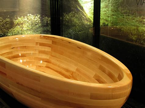 viaggi wooden bathtub  maax