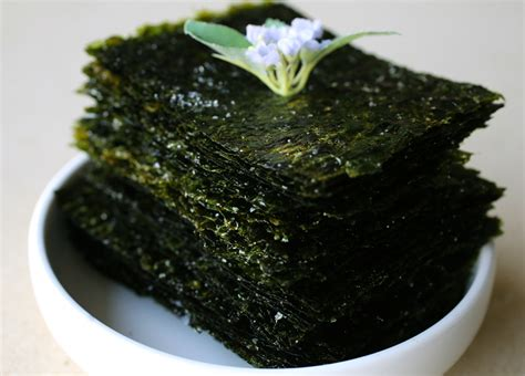 Rumput Laut Nori Seasoned Laver roasted seaweed sheets gim gui recipe maangchi