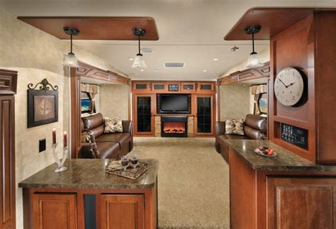 5th wheel with living room in front pin by teresa skinner on travel trailers and such pinterest