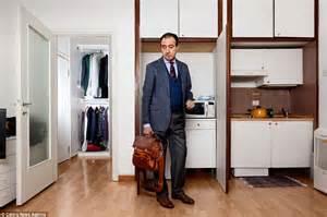 Wardrobe Of Pics by Italian Style Photographer Pietro Baroni Looks Inside