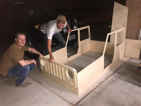 joys  building  jeep shaped kids bed