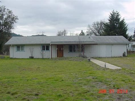 8526 e creek rd rogue river oregon 97537 reo home