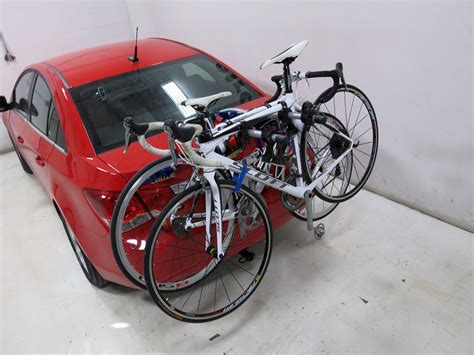 Thule Bike Rack For Prius by Toyota Prius Thule Gateway Xt 3 Bike Rack Trunk Mount