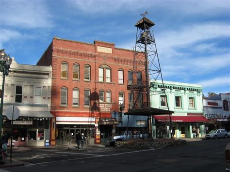 road trip 5 quaint california towns to visit hwp insurance take this road trip to see 10 of the greatest small towns
