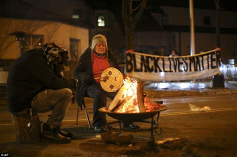 Jamar Clark Minneapolis Criminal Record Protests In Chicago As Shows Jason Shooting Laquan Mcdonald Daily