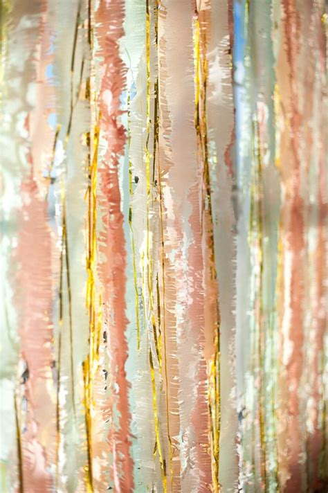 gold streamer curtain 25 best ideas about streamer backdrop on pinterest