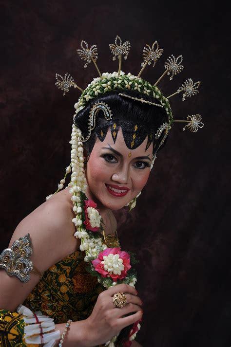 tutorial make up pengantin jawa solo foto pengantin jawa album wedding