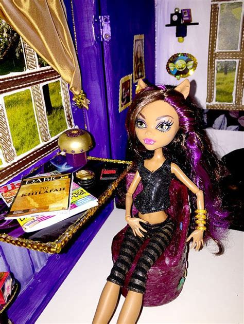 clawdeen wolf bett 17 images about high clawdeen s wolf cave on
