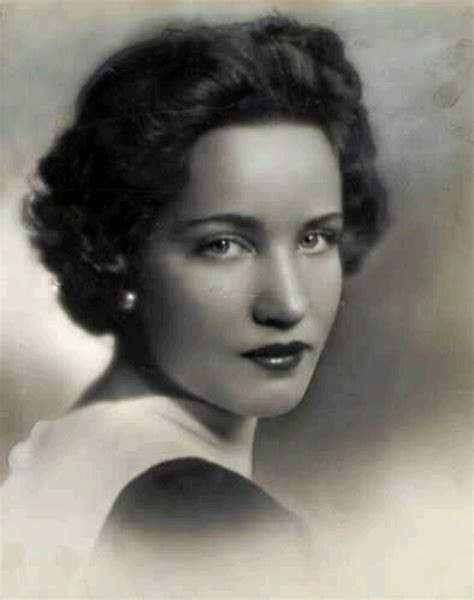bouvier kennedy edith bouvier beale jr such a grey gardens the bouvier s edith