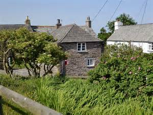 south cornwall cottages pillar box cottage trenale tintagel cottage