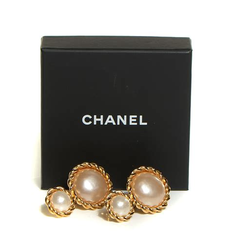 chanel vintage pearl clip on earrings gold 108816