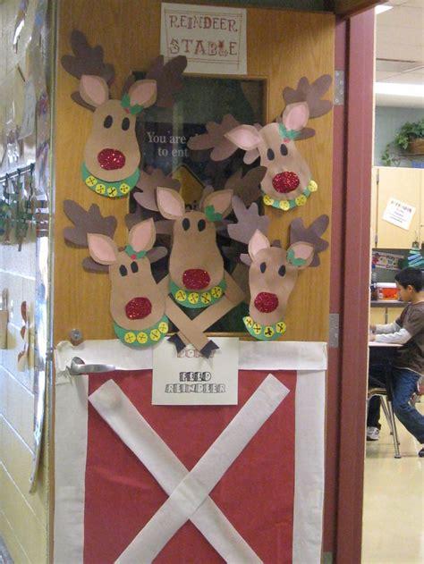 Reindeer Door Decorations by Reindeer Door Classroom Display Board Ideas