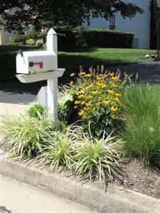 Mailbox Garden Ideas Mailbox Garden Idea 2 Triangular Garden For Amazing Curb Appeal