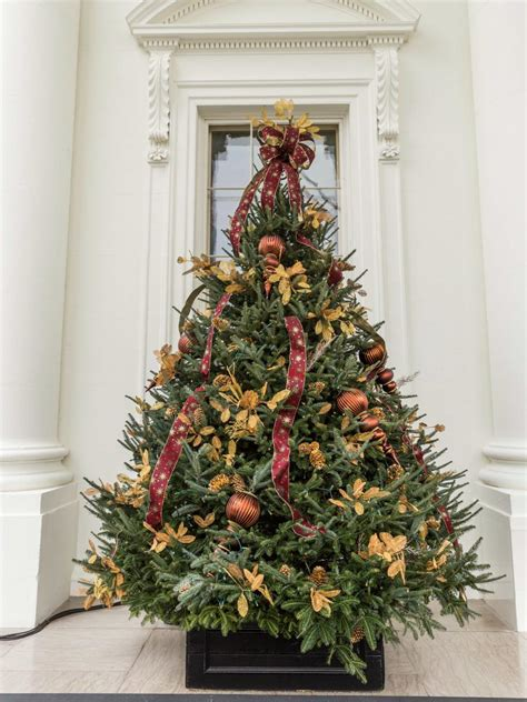 white house christmas 2013 white house christmas 2014 hgtv