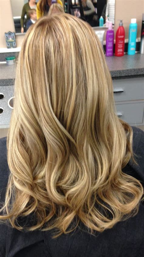 Natural Blonde Hair With Lowlights | 2 toned blonde hilights and lowlights great way to add