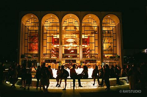 The House Nyc by Metropolitan Opera House New York Usa Meet Me At The