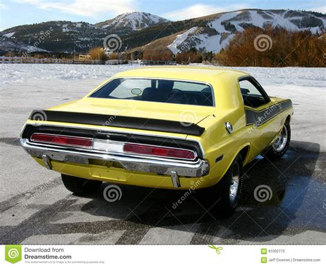 paint with a twist ta 1970 dodge challenger ta stock photo image 61002773