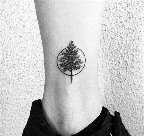 small round tattoos best 25 small tattoos ideas on small