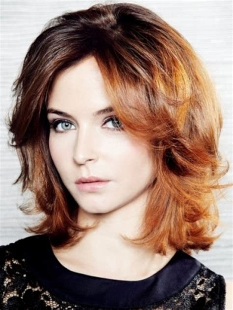 medium length haircuts for moms for mom shoulder length wavy hairstyles new hairstyles