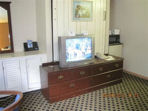 Murphy Bed With In Front by Dresser With Tv In Front Of Murphy Bed Picture Of