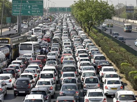 Tech Office Pictures by In Pics Traffic Jam On Delhi Gurgaon Border As Cab