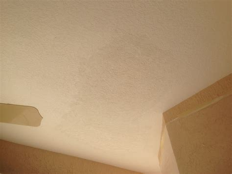 To Do A Knockdown Ceiling How To Match Knockdown Texture Diy Knockdown Texture
